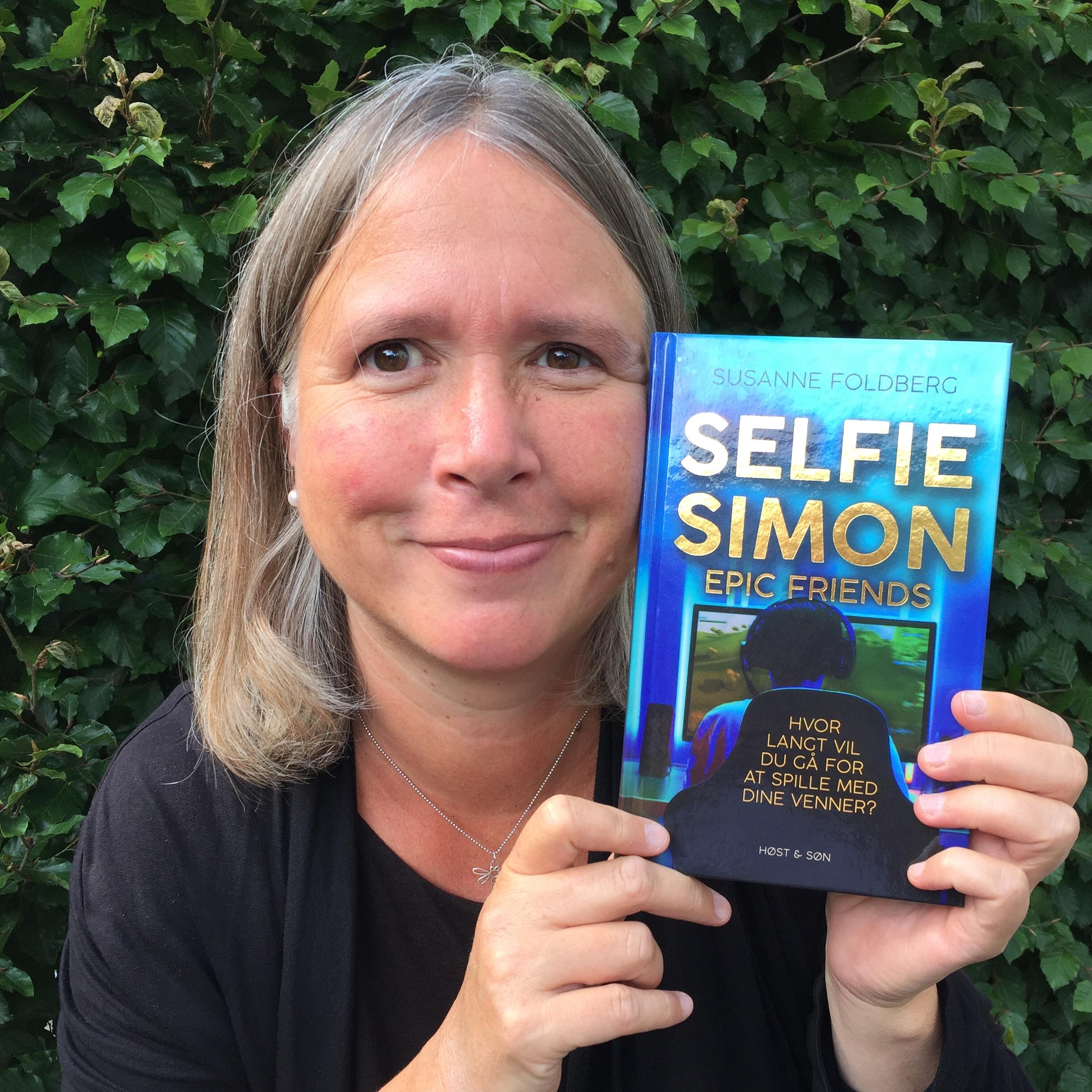 Selfie-Simon Epic Friends