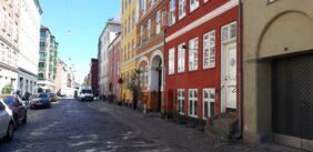 Er dansk BU-litteratur en by i Rusland?