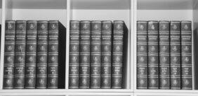Hård straf for ulovlig kopiering og salg af studiebøger