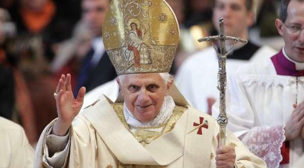 Fransk tale af Pave Benedikt XVI